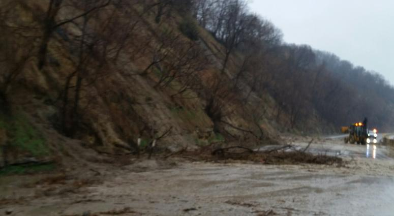 Mudslides force closure of highway 169 near St Peter   WCCO