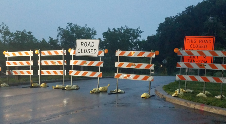 W River Parkway closed