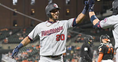 Eddie Rosario hits another homer