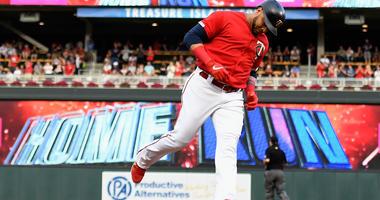 Nelson Cruz homers again