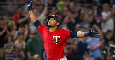 Eduardo Escobar hits second of two HR against Indians