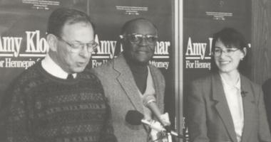Former Minneapolis mayor Don Fraser introduces Amy Klobuchar