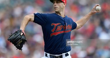 Twins Hold On Against Rangers