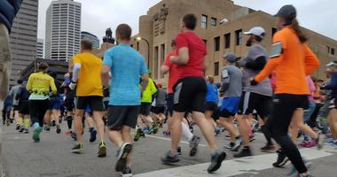 Runners in Twin Cities Marathon