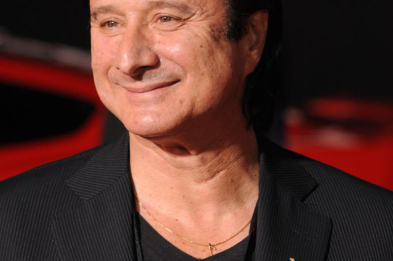 Finally New Music From Steve Perry 96 5 Wcmf
