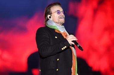 U2 play Trafalgar Square