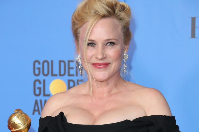 """Patricia Arquette poses in the press room with the award for best performance by an actress in a limited series or a motion picture made for television for \""""Escape at Dannemora\"""" at the 76th Golden Globe Awards"""
