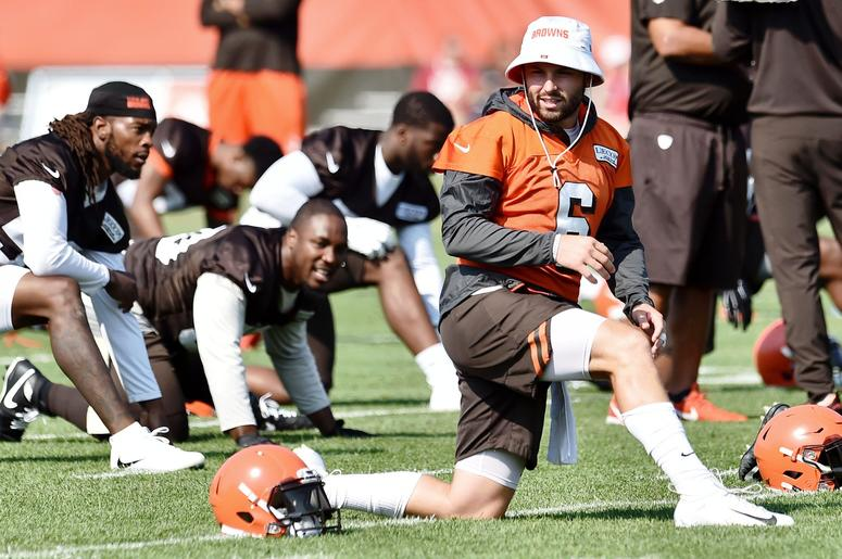Cleveland Browns quarterback Baker Mayfield (6) stretches during training camp at the Cleveland Browns Training Complex.Cleveland Browns quarterback Baker Mayfield (6) stretches during training camp at the Cleveland Browns Training Complex.