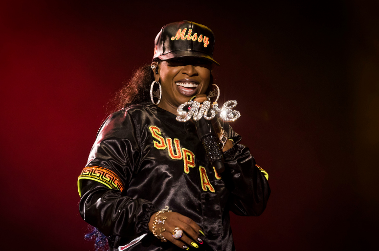 missy elliott karaoke, missy elliott, work it, lady karaoke, lady sings missy elliott