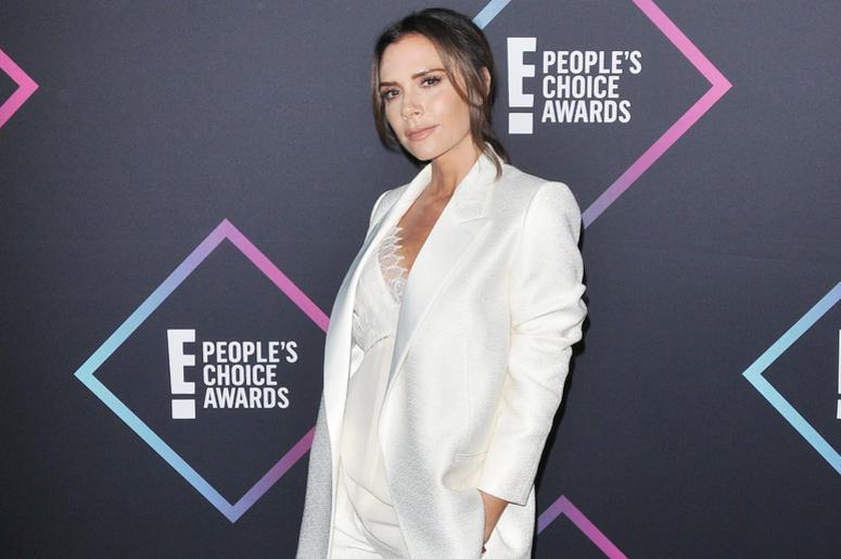 Victoria Beckham arrives at the 2018 E! People's Choice Awards held at the Barker Hangar in Santa Monica, CA on Sunday, November 11, 2018.