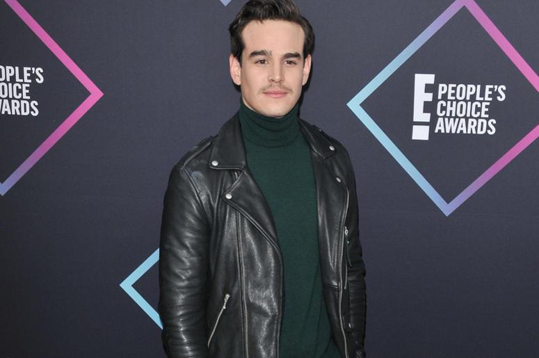 Alberto Rosende arrives at the 2018 E! People's Choice Awards held at the Barker Hangar in Santa Monica, CA on Sunday, November 11, 2018