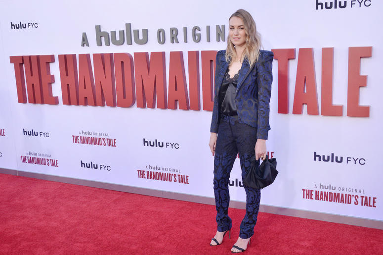 Yvonne Strahovski arrives at Hulu's THE HANDMAID'S TALE Season 3 Finale held at the Regency Village Theatre in Westwood, CA on Tuesday, August 6, 2019.