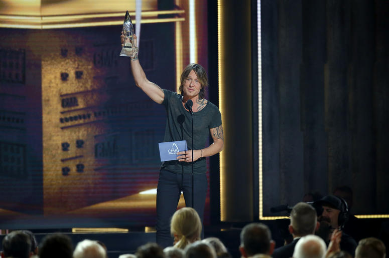 Keith Urban CMA Awards