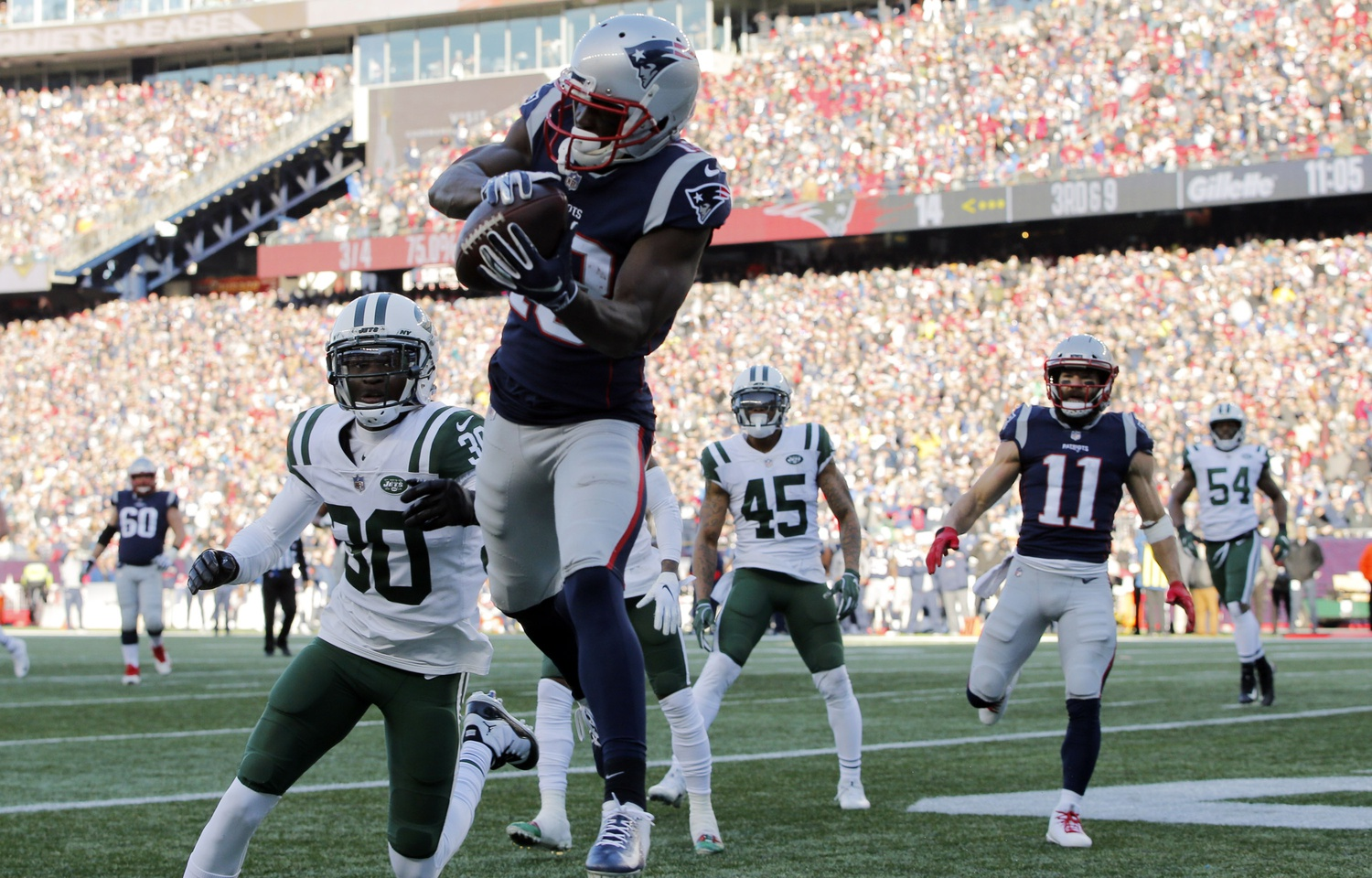 Patriots shouldn't be comfortable with current wide receiver depth chart
