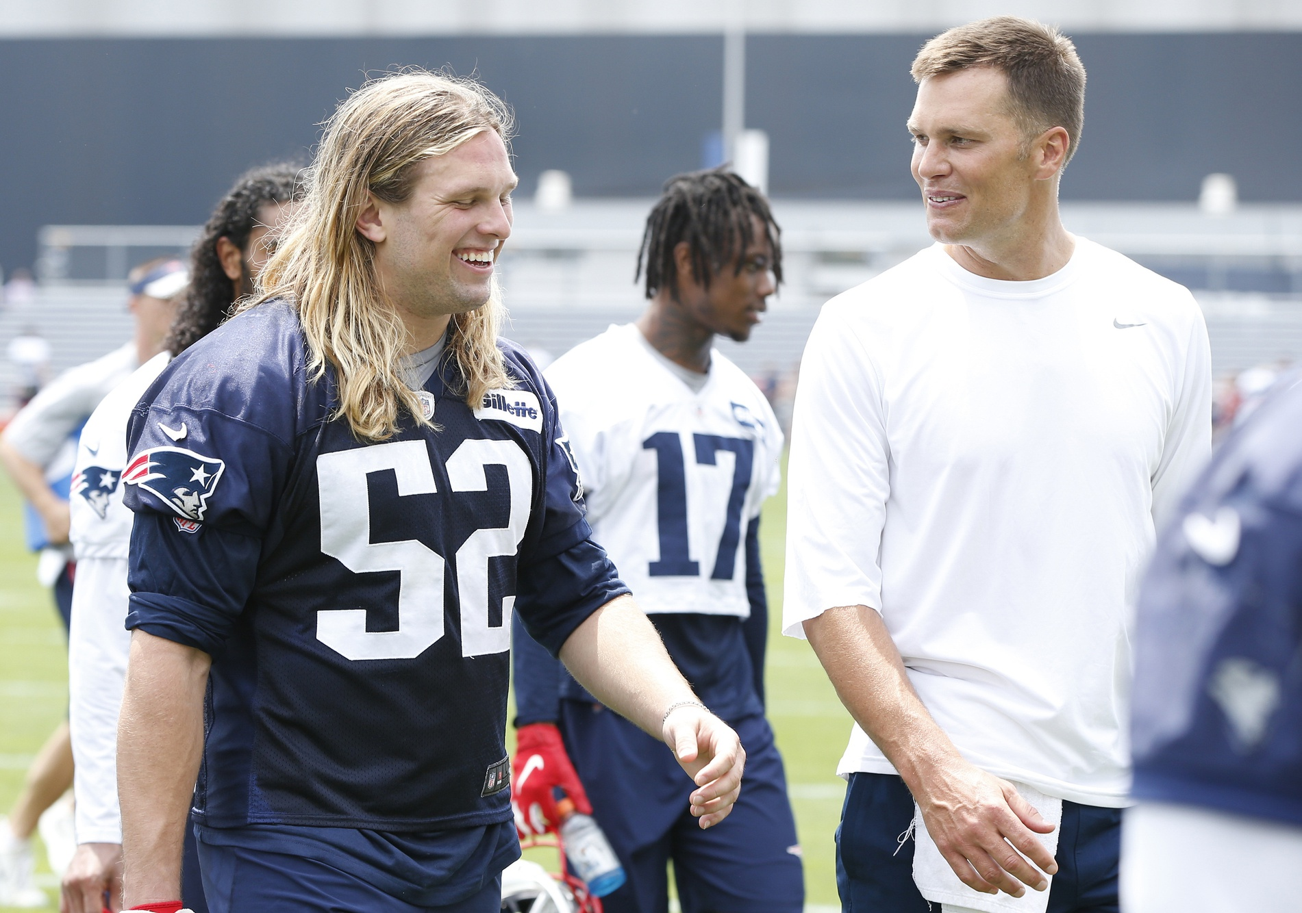 Tom Brady replies to Chase Winovich's Instagram post with instructions