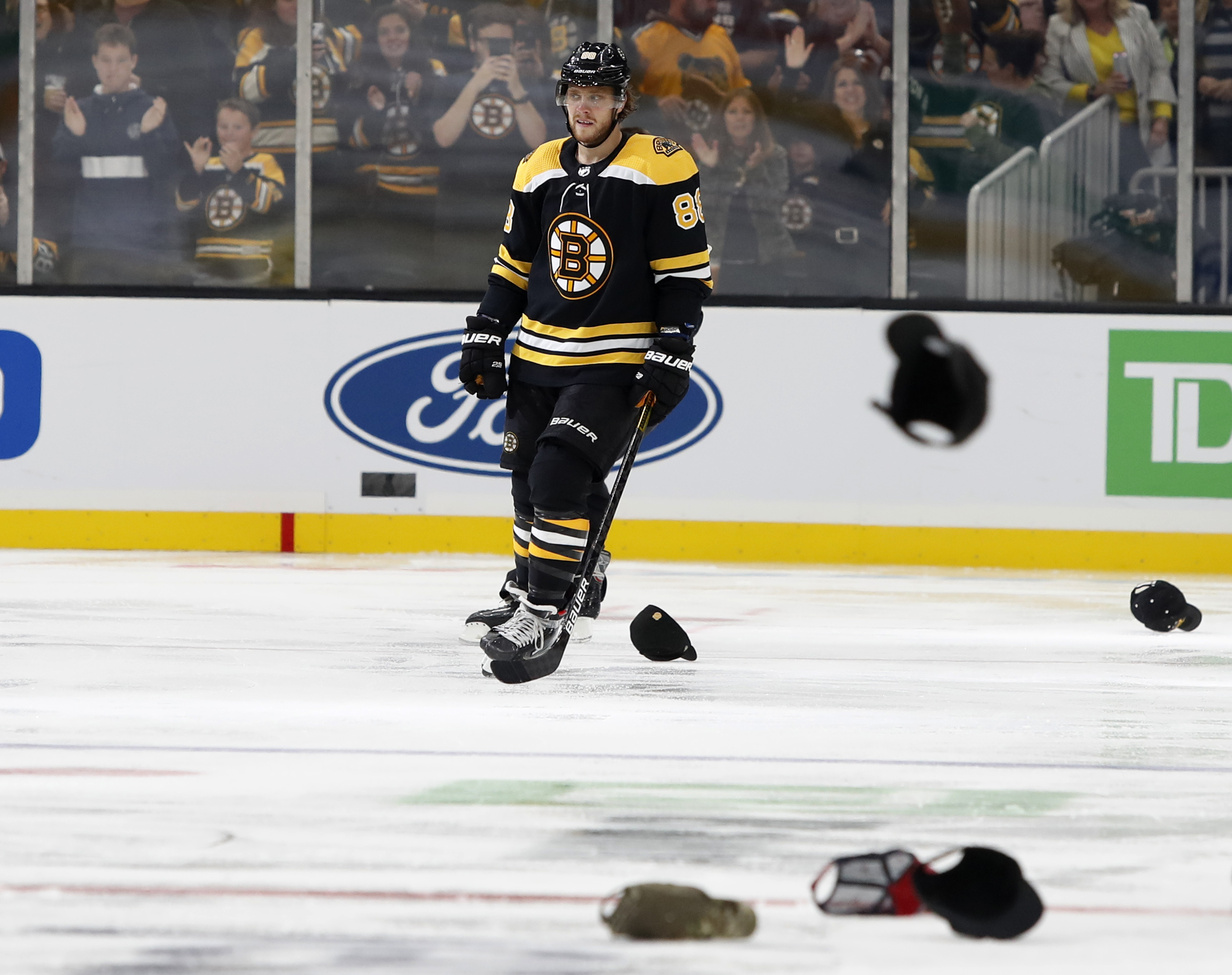 David Pastrnak's 4-goal game reminds Bruins what could've been last