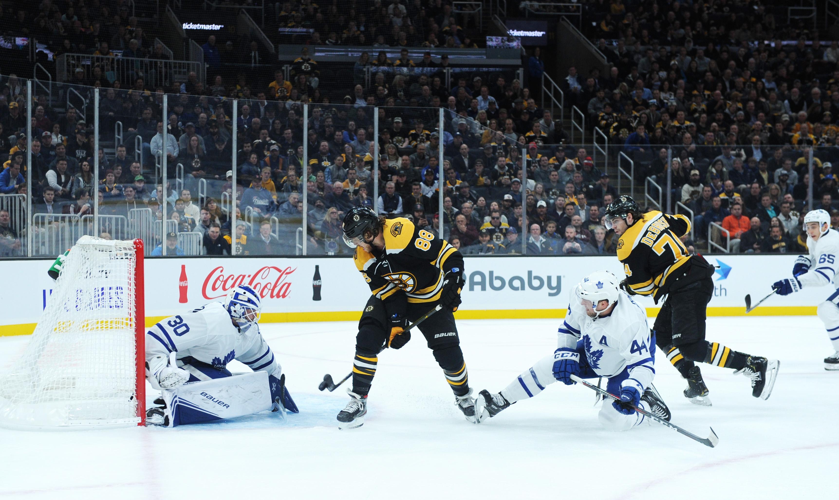 David Pastrnak's goal between his legs one of best of NHL season