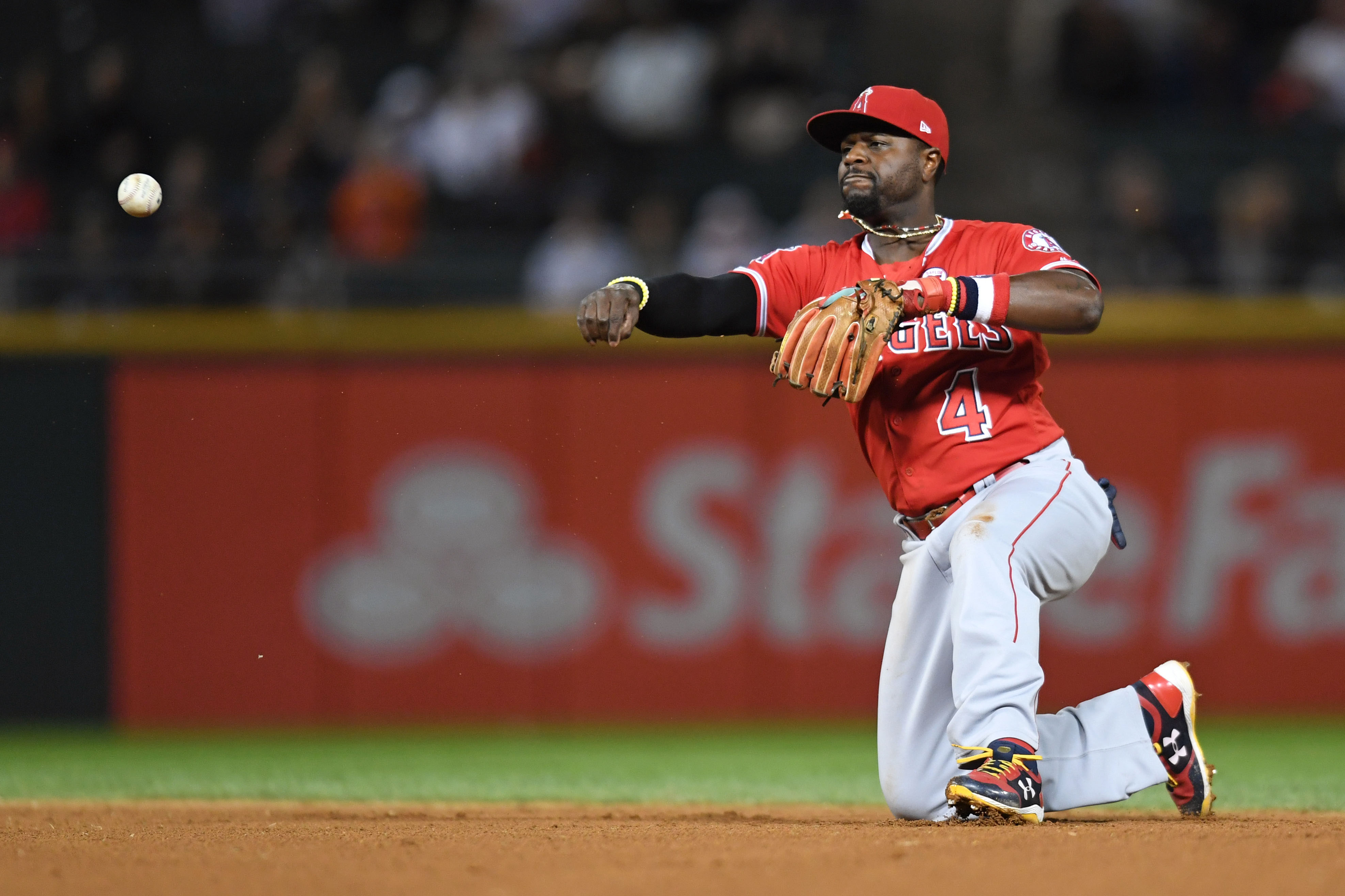 52024deec Former MLB All-Star Brandon Phillips opens up on mindset towards returning  to majors with Red Sox
