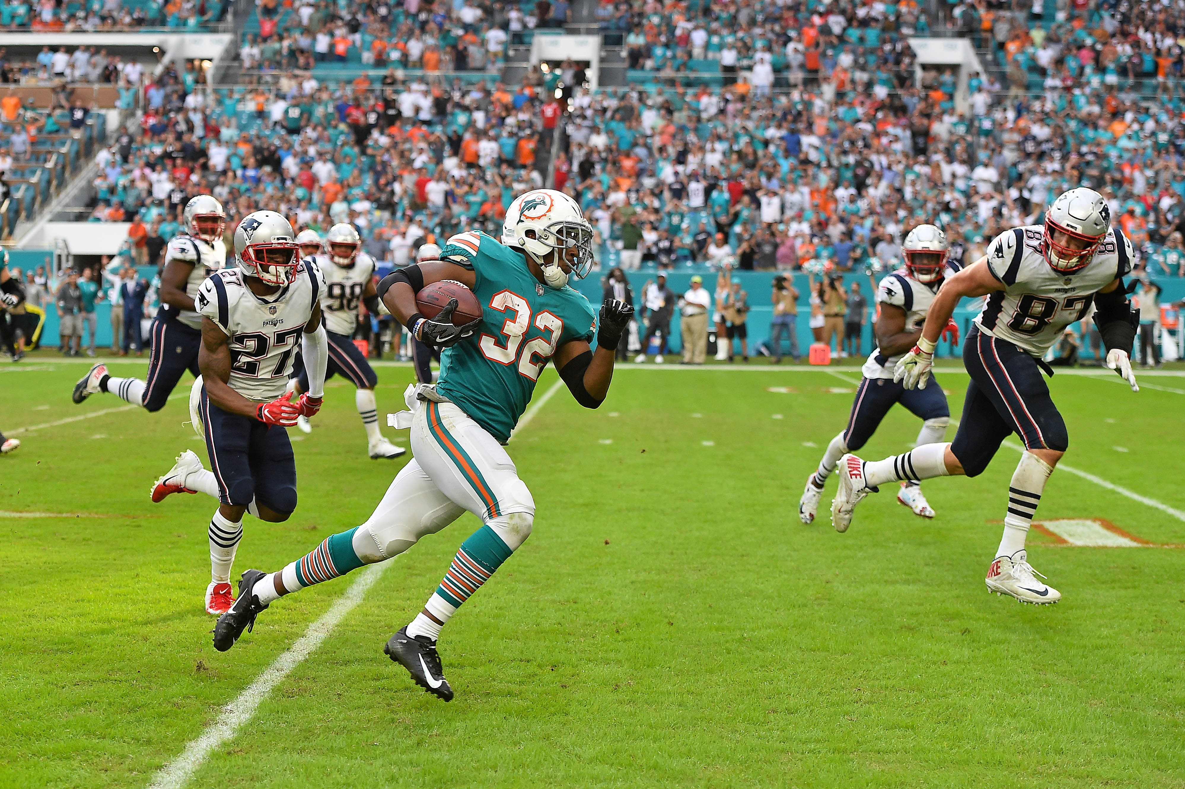 Patriots 6-pack Preview: New-look Dolphins a familiar foe