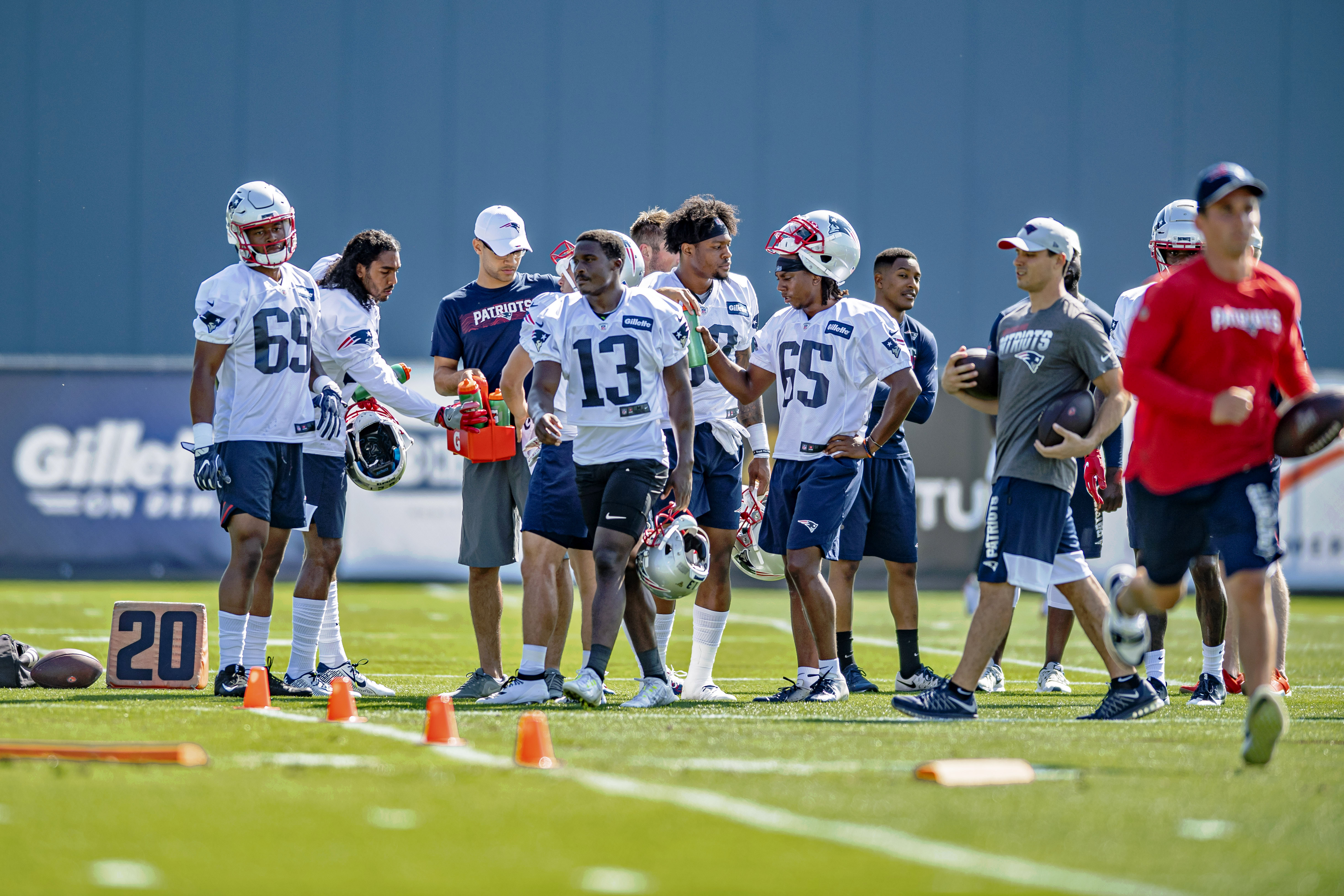 Patriots 53-man roster projection, version 4.0: Some positions coming