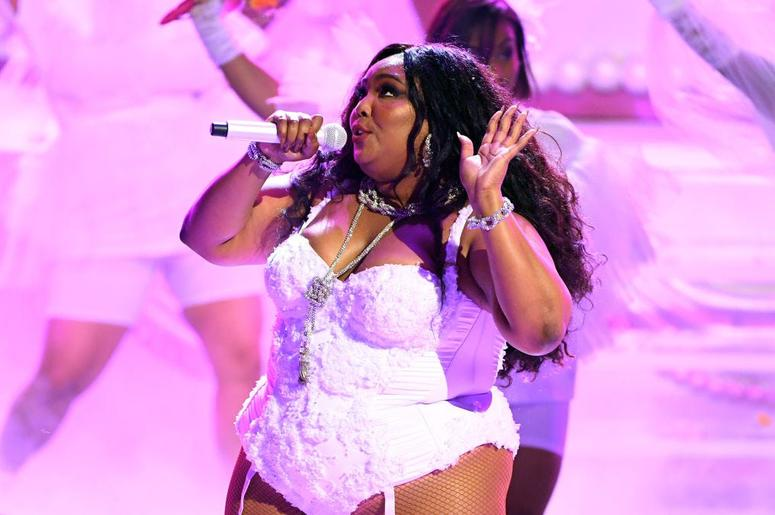 the truth butt invasion sweepstakes lizzo delivers truth hurts performance for npr s tiny 4719