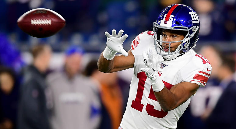 FOXBOROUGH, MASSACHUSETTS - OCTOBER 10: Golden Tate #15 of the New York Giants warms up prior to the game against the New England Patriots at Gillette Stadium on October 10, 2019 in Foxborough, Massachusetts
