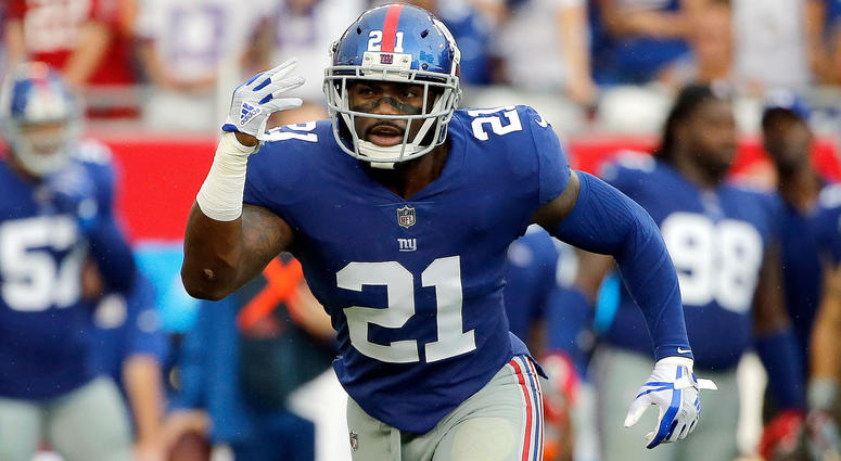 Oct 1, 2017; Tampa, FL, USA; New York Giants strong safety Landon Collins (21) defends against the Tampa Bay Buccaneers during the first half at Raymond James Stadium. Mandatory Credit: Kim Klement-USA TODAY Sports