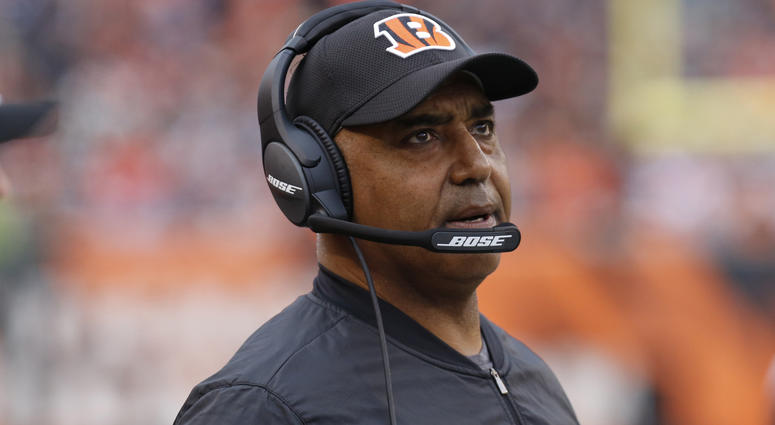 Nov 25, 2018; Cincinnati, OH, USA; Cincinnati Bengals head coach Marvin Lewis watches from the sideline during the second half against the Cleveland Browns at Paul Brown Stadium. Mandatory Credit: David Kohl-USA TODAY Sports