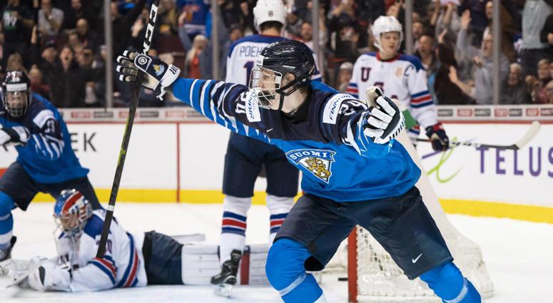 Hartnett: Kakko Could Shine With Rangers Right Away