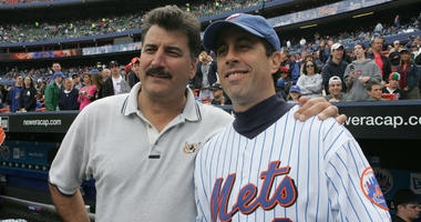 Jerry Seinfeld and Keith Hernandez in 2005