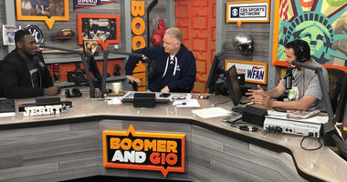 Jets guard Kelechi Osemele chats with Boomer and Gio on May 3, 2019.