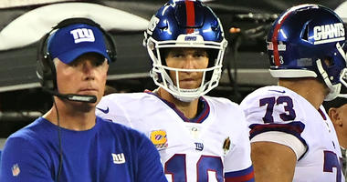 Oct 11, 2018; East Rutherford, NJ, USA; New York Giants head coach Pat Shurmur and Giants quarterback Eli Manning (10) look on late in the fourth quarter against the Philadelphia Eagles at MetLife Stadium. Mandatory Credit: Robert Deutsch-USA TODAY Sports