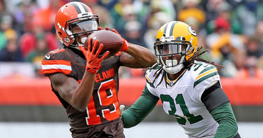 Browns wide receiver Corey Coleman makes a catch against the Green Bay Packers on Dec. 10, 2017, at FirstEnergy Stadium.