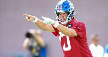 Giants quarterback Eli Manning (10) signals during training camp on July 26, 2018, at Quest Diagnostics Training Center in East Rutherford, New Jersey.