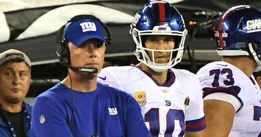 Giants coach Pat Shurmur and quarterback Eli Manning