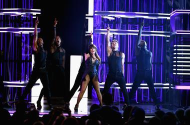 Paula Abdul shut down the stage at the 2019 Billboard Music Awards.
