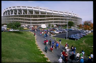 New bill would allow D.C. to purchase RFK stadium from the federal government.