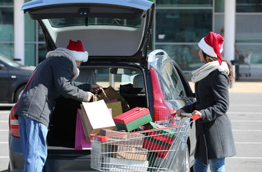 holiday shopping black friday stores