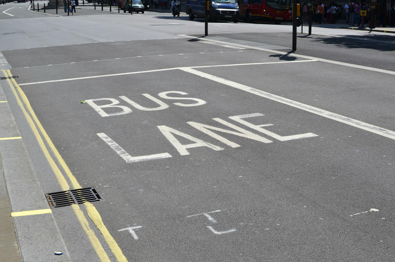 H and L streets are getting bus lanes.