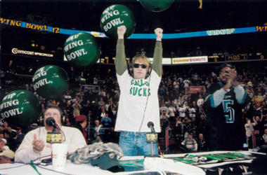 Bon Jovi Wing Bowl 9