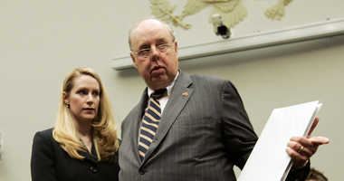 Monica Goodling, former Justice Department liaison to the White House, talks to her attorney John Dowd before she testifies before the House Judiciary Committee on Wednesday, May 23, 2007. Dowd resigned recently as one of Trump's personal lawyers.