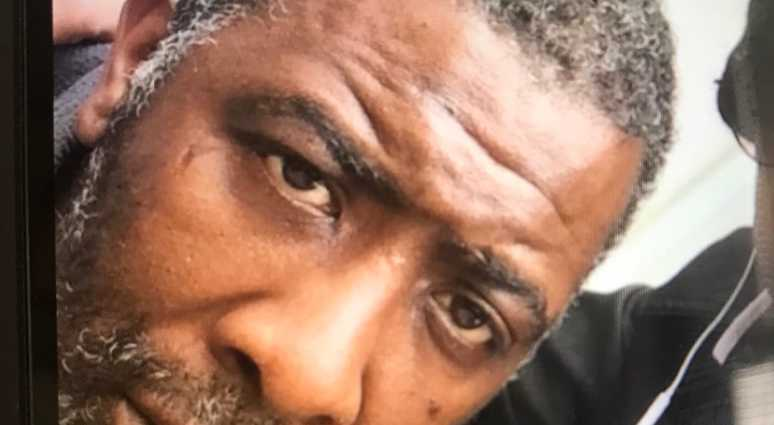 The family of Ralph Nimmons asks the Brooklyn DA to investigate his death for possible manslaughter charges. Nimmons died when employees of a Stop &Shop store allegedly fatally attacked him when they thought he was shop lifting.