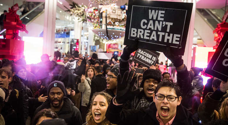 Demonstration following the death of Eric Garner.