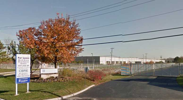 Man who took hostages at NJ UPS facility is dead | 1010 WINS