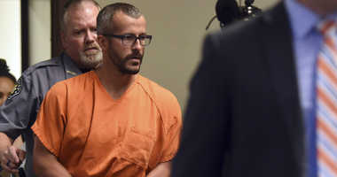 Christopher Watts is escorted into the courtroom before his bond hearing at the Weld County Courthouse on Thursday, Aug. 16, 2018, in Greeley, Colo. Watts, of Colorado, whose wife and daughters disappeared this week was arrested.
