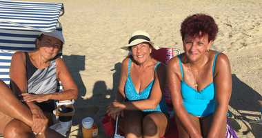 New Jersey residents get some sun on the last weekend of summer