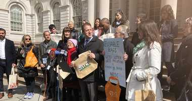 New York City lawmakers want to tack a fee onto paper bag use.