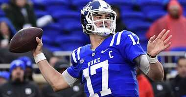 Daniel Jones drops back to pass for Duke in 2018.