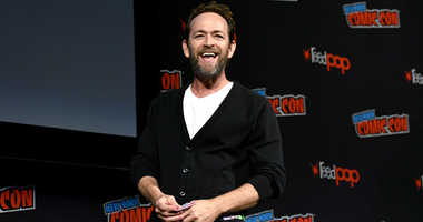 Luke Perry speaks onstage at the Riverdale Sneak Peek and Q&A during New York Comic Con at The Hulu Theater at Madison Square Garden on October 7, 2018 in New York City.