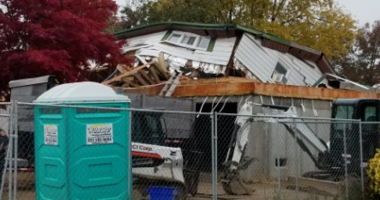 A house being raised in Babylon collapsed when a hydraulic jack failed.